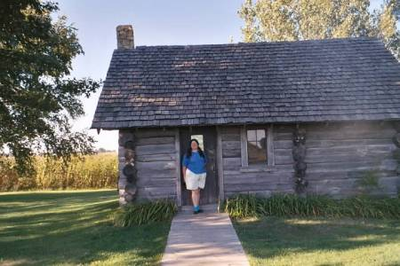 Sarah Uthoff at Pepin Replica Cabin