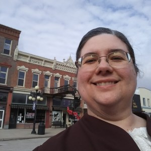 Sarah Uthoff as Old Laura in Traer, Iowa