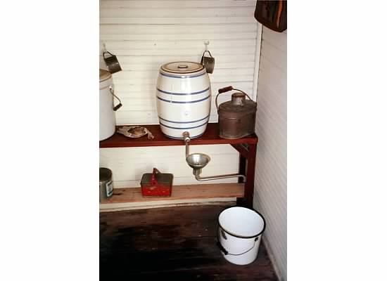 Bubbler jug and other drink and lunch buckets