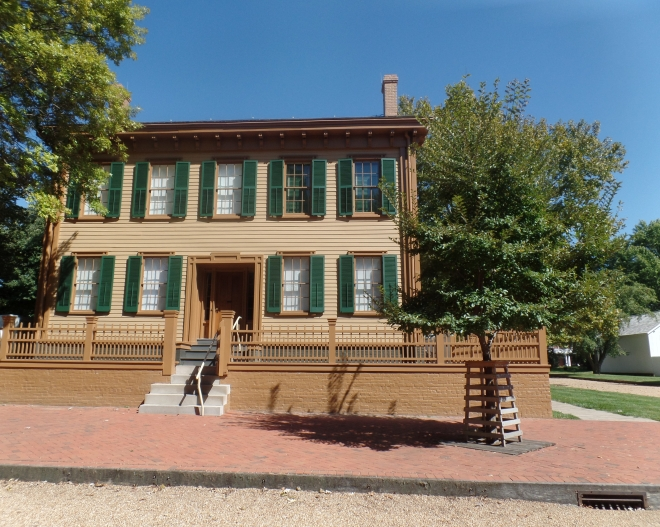 Front of Abraham Lincoln House