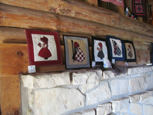 Quilts at Wayside Cabin