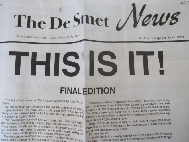 De Smet News Close Up